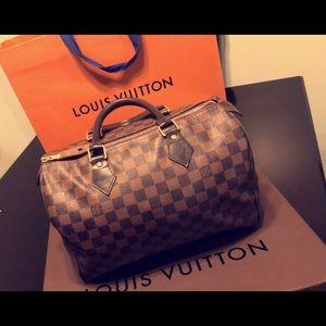 Louis Vuitton purse authentic